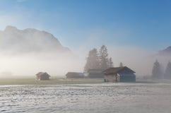 Bayerisches Ackerland im Winter Stockfoto