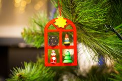 Bayerisches Art-Spielzeug auf einem Weihnachtsbaum Lizenzfreie Stockbilder