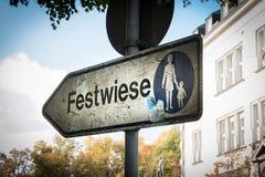 Bayern D Festwiese-Text-Zeichen-Festplatz Oktoberfest München Lizenzfreies Stockfoto