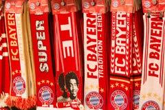Bayern Munich Wachluje chusty zdjęcia stock