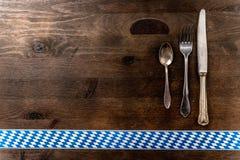 Bayern Oktoberfest-Hintergrund Tischbesteck Stockfoto