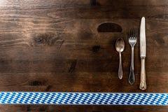 Bayern Oktoberfest-Hintergrund Tischbesteck Lizenzfreies Stockfoto