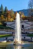 Bayern Tyskland - Oktober 15, 2017: Linderhof slott 1863-188 Royaltyfri Bild