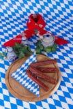 Bayersk frukost i bavariandesign Arkivbild