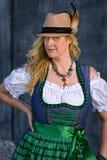 Bayersk kvinna i traditionella kläder, Oktoberfest - serie 1/21 Fotografering för Bildbyråer