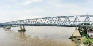 ` Bayint Naung没有`的桥梁 1在仰光,缅甸 1月2018 ` Bayint Naung `是一位古老缅甸国王 库存图片