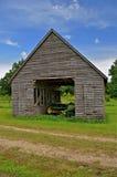 Baylor dans une vieille huche de maïs Image stock