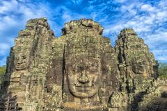 bayon kamienia twarze ludzie, siem przeprowadzają żniwa, Kambodża, byli inscri Fotografia Stock