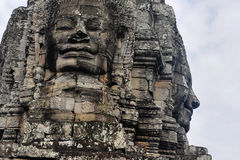 Bayon stellt in Angkor Thom Siem Reap gegenüber Lizenzfreies Stockbild