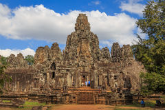Bayon tempel i Angkor Thom Royaltyfria Bilder