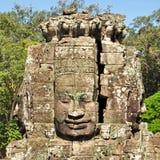 bayon vänder tempelet mot Royaltyfria Bilder