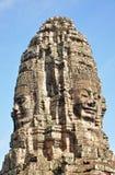 bayon vänder tempelet mot Royaltyfria Foton