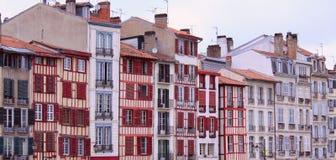 Bayonne-alte Gebäude Stockbild