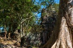BayonTemple (Angkor Thom) Siem Reap Cambodja December 2015 Royaltyfria Foton