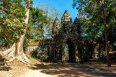 BayonTemple (Angkor Thom) Siem Reap Cambodja December 2015 Royaltyfri Fotografi