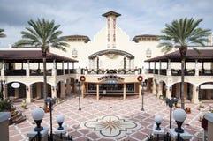 BayWalk购物中心在圣彼德堡,佛罗里达 免版税库存图片