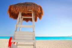 baywatch海滩加勒比小屋遮阳篷顶 免版税库存照片