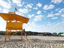baywatch dziewczyna nad plażą obrazy stock