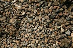Bazaltowi otoczaki tworzy czarnego piasek na Maui, Hawaje zdjęcie royalty free