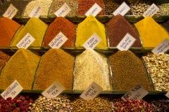 Bazar égyptien d'épice à Istanbul, Turquie Photo libre de droits