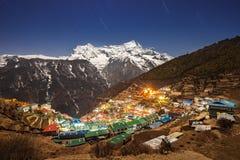 Bazar de Namche, Népal photographie stock libre de droits