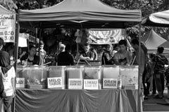 Bazar de Ramadhan le 5 juillet 2015, Kuala Lumpur, Malaisie Image libre de droits