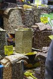 Bazar egipcio de la especia en Estambul Turquía fotos de archivo