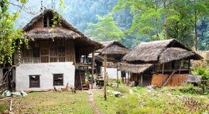 Bazar Gothe - красивейшее село на ftom Lukla трека к Tumlingtar Стоковые Фотографии RF