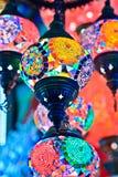 Bazar magnífico de Estambul - linternas del turco del mosaico Imagen de archivo libre de regalías