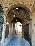 Bazarkorridoren med stängt shoppar Iran Arkivfoto