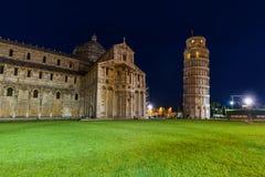 Bazylika i oparty wierza w Pisa Włochy fotografia royalty free