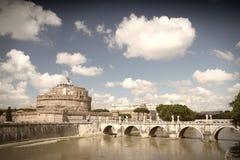 bazylika pejzażu brydża komunalnych nocy st Peter Rzymu jest rzeka tevere Watykanu Zdjęcia Royalty Free