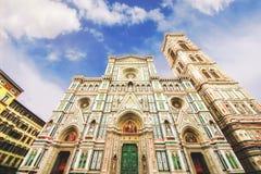 Bazyliki Di Santa Maria del Fiore & x28; Bazylika święty Mary Flower& x29; i otaczająca architektura, Florencja obraz royalty free