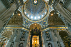 bazyliki wewnętrzny Peter Rome s st Obraz Royalty Free