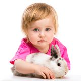 Bébé avec son lapin Photos stock