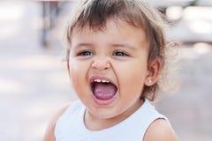 Bébé criard sale Images libres de droits