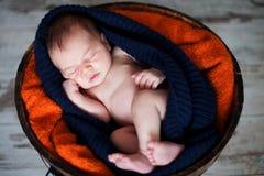 Bébé garçon adorable, dormant Photos libres de droits
