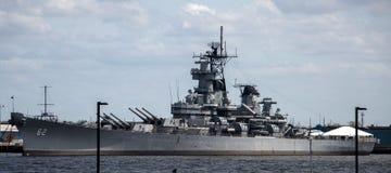 纽泽西号战舰BB-62 -坎登,NJ 免版税库存照片