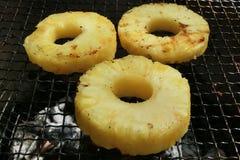 BBQ菠萝 免版税库存照片