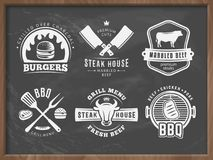 BBQ,汉堡,格栅徽章 免版税库存图片