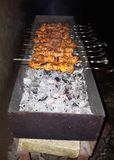Bbq κρέας Σχάρα υπαίθρια delicions σχαρών σχαρών στοκ φωτογραφία με δικαίωμα ελεύθερης χρήσης