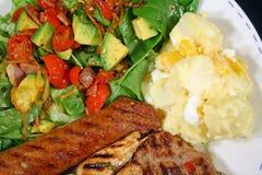 bbq μεσημεριανό γεύμα Στοκ εικόνες με δικαίωμα ελεύθερης χρήσης