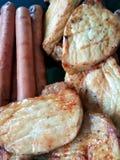 BBQ猪肉和香肠 库存图片