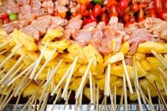 BBQ avec la cuisson de chiche-kebab Photos libres de droits