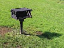 BBQ grill przy parkiem Zdjęcia Royalty Free