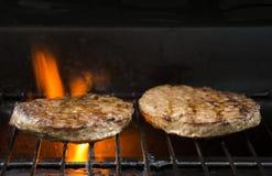 Bbq-hamburgare Royaltyfria Bilder
