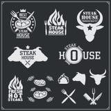 BBQ i grill przylepiamy etykietkę set Grillów emblematy, odznaki i projektów elementy, Zdjęcie Stock