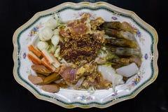 Bbq-köttuppsättning för den thailändska stilsukiyakien för ångbåt, Shabu ingrediens Royaltyfria Foton