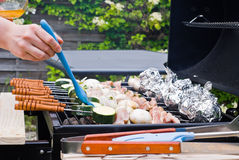 BBQ Kochen lizenzfreie stockfotos