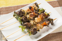 Free Bbq Meat On Sticks, Kebab Skewers With Vegetable Sticks Stock Photography - 94924082
